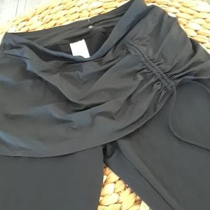 Modest swim legging/skirt..NWOT...LANDS END